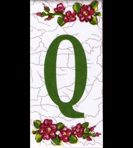 Buchstabe Q Dekor Butterfly